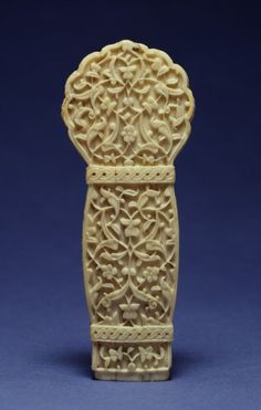 Dagger Handle. Turkey,mid 16th century. Walrus ivory.4 3/16 x 1 13/16 x 7/8 in. (10.6 x 4.6 x 2.2 cm).71.571.Acquired by Henry Walters, 1905.The Walters Art Museum