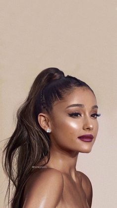 Ariana grande tattooed heart - My list of the most creative tattoo models Ariana Grande Fotos, Ariana Grande Tattoo, Tattooed Heart Ariana Grande, Ariana Grande Wallpapers, Ariana Grande Photoshoot, Ariana Grande Outfits, Ariana Grande Pictures, Ariana Grande Makeup, Ariana Grande Hairstyles