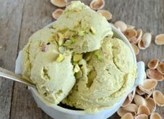 Pistachio Gelato the most delicious 6 ingredient combo ever! Love anything pistachio! Cold Desserts, Ice Cream Desserts, Frozen Desserts, Ice Cream Recipes, Delicious Desserts, Dessert Recipes, Pistachio Gelato, Pistachio Ice Cream, Plated Desserts