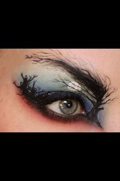 This takes way more artistic skills than I posses for a Halloween costume but its still cool!    Where to buy Real Techniques brushes -$10 http://www.wideo.fr/video/8bb3ebd8a74s.html     #makeup #makeupbrushes #realtechniques #realtechniquesbrushes #makeupeye #makeupeyes #eyemakeup