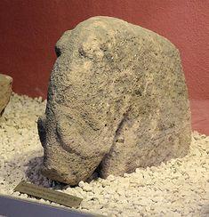 Keilerskulptur vom Göbekli Tepe