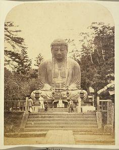 Bronze statue of Buddha at Daibouts, Japan