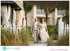 Meredith And Joseph S Seven Stars Resort Wedding In Turks Caicos With Brilliant Studios Star