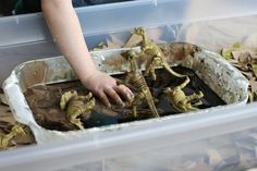 Train Up a Child: Simple Small Worlds: Dinosaurs and Sticky Mud