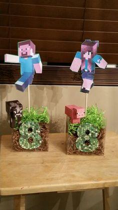 Minecraft centerpieces