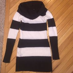"Extra long sweater or sweater dress Super cute brown and cream striped sweater can be worn as a short dress or paired up with leggings or jeans. 31"" from shoulder to bottom hem. Great addition for winter or Fall Sweaters Cowl & Turtlenecks"