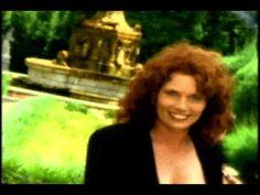 ▶ I Wish I Had a Heart of Stone-Baillie & The Boys - YouTube