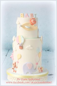 Sweet baby shower double barrel cake - Cake by De Zoete Suikertoef