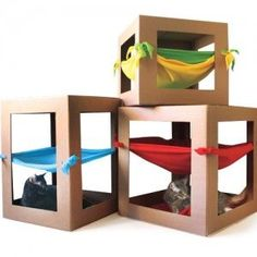 Your cat can have as much fun playing in this hammock as you have making it.