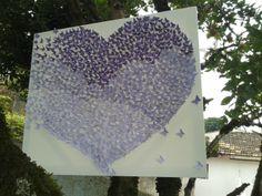 Quadro colagem efeito revoada de borboletas em tons lilás, medindo 60x70cm. Minha primeira experiência!