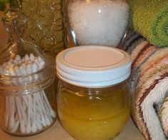 Pantry Raid: Make Your Own Moisturizing Sugar Scrub