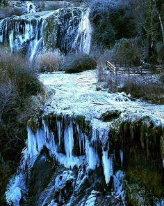 cascata delle Marmore ghiacciata