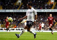 Fiorentina chasing Mexican star Giovani Dos Santos