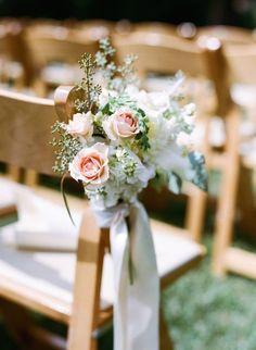 chic wedding ceremony idea; photo: Sylvie Gil
