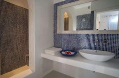 Zephyros Villa Bathroom