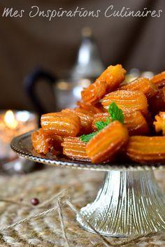 Tulumba, gâteau turc au miel #honey #gâteau #tulumba #ramadan #ramadan2017 Best Candy, Biscuit Recipe, Beignets, No Bake Cookies, Ham, Tea Time, Carrots, Biscuits, Baking