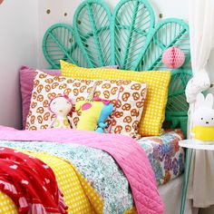 kids bedroom ideas // rainbow retreat - read how to recreate this fun, colour bursting bedroom for kids. More on the blog.
