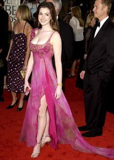Anne Hathaway in June 2003 [Photo: Getty Images]