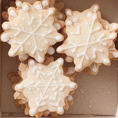Snow flake Christmas cookie idea « « PinCookie.com PinCookie.com