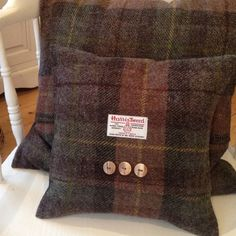original_autumn-bracken-harris-tweed-cushion.jpg 900×900 píxeles