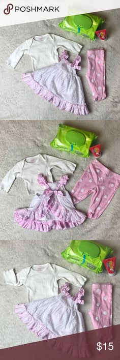 Newborn ❤️ Baby Girl LOT/Outfit Gently worn ❤️ Matching Sets