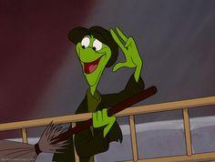 Alice in Wonderland Disney Wiki | the lizard background information feature films alice in wonderland ...