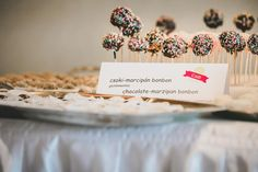 cakepop Cupcake, Place Cards, Place Card Holders, Chocolate, Cupcakes, Cupcake Cakes, Chocolates, Brown, Cup Cakes