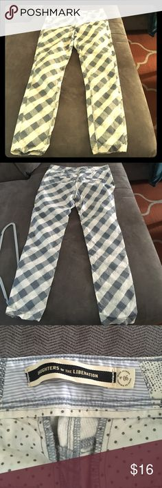 Blue gray and white geo pattern zip up pants Cute belted for pocket pants. Size is small. Brand is daughters of the liberation.  Would fit about a six in women's. Daughters of the liberation Pants Boot Cut & Flare