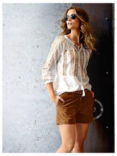 Short en cuir velours marron