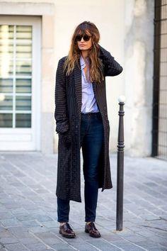 """Caroline De Maigret Masters Menswear-Inspired Street Style """"estilo tomboy"""""""