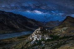 Key Gompa Tibetan Buddhist monastery - Spiti Valley of Himachal Pradesh, Lahaul and Spiti district, India Places Around The World, Around The Worlds, Nature Photography, Travel Photography, Spiti Valley, India, Beautiful Landscapes, Wonders Of The World, Places To See