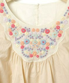 nesessaire ネセセア pretty embroidery