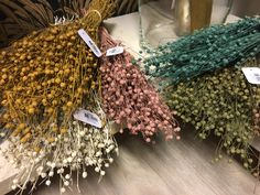 #driedflowers #driedgrass #driedbranches #trenddeco #trends2020 #colourfulflowers #coloursgrass #othmardecorations