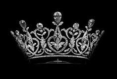 Tiara of the Dukes of Roxburghe | Roxburghe Tiara, United Kingdom (19th c.; made by Boucheron; diamonds). http://www.royal-magazin.de/england/roxburghe/goelet-may-wedding-marriage-jewels.htm
