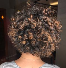 67 Pixie Hairstyles and Haircuts in 2019 - Hairstyles Trends Curly Hair Tips, Curly Hair Care, Short Curly Hair, Curly Hair Styles, Natural Hair Short Cuts, Natural Hair Tips, Natural Hair Styles, Blonde Haircuts, Permed Hairstyles
