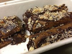 Healthy Snickers bars with only dates, coconut oil, tahini, raw cocoa powder, and some cinnamon, delicious! - emz