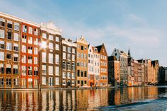 The best areas to stay in Amsterdam according to a local. Includes an overview of the best Amsterdam neighborhoods to stay and visit during your trip. Tour En Amsterdam, 2 Days In Amsterdam, Amsterdam City Guide, Amsterdam Things To Do In, Amsterdam Travel, Amsterdam Netherlands, Amsterdam Canals, Hagia Sophia, Best Honeymoon Destinations