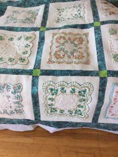 Another view of hankie quilt Vintage Quilts, Vintage Fabrics, Vintage Sewing, Vintage Linen, Upcycled Vintage, Quilting Projects, Quilting Designs, Quilting Ideas, Embroidery Designs