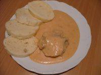 SVÍČKOVÁ S KUŘECÍM MASEM Pancakes, Dairy, Cheese, Breakfast, Food, Crepes, Griddle Cakes, Hoods, Meals