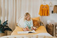 Fill it with books Zaza in the Minty Play Dress Cosy Bed, Stylish Kids, Fashion Room, Warm And Cozy, Little Ones, Room Style, Kids Room, Children, Play Dress