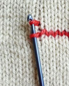 (via How to crochet vertical stripes on knitting -...