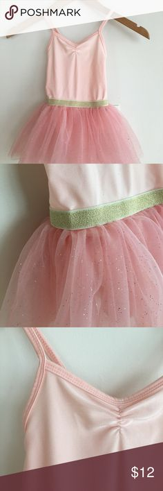 H&M: Little Girls Tutu-Pink Cute, sweet and will make it twirl! *Great for ballet class or for dress up *Bundle with black tutu and save 25%! H&M Other