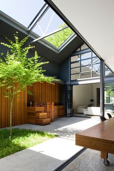 Corben Architects Convert A Warehouse Into Family Home