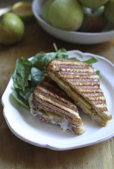 Pin for Later: All the Apple Recipes You'll Need This Fall Havarti and Apple Panini Get the recipe: havarti and apple panini