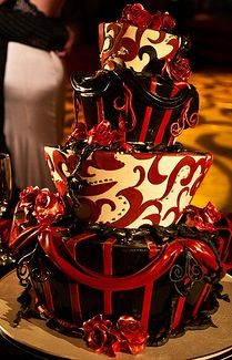 Cool Moulin Rouge cake