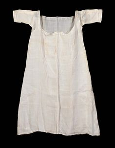 1821 ca. Woman s Shift. Made in Paris, France. Worn by Mehetable Stoddard ed6d2ac3858
