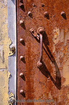 Rusty door, danheller.com #rust