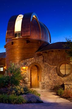 Will have an Observatory for gazing at the stars, the galaxies and distant planets...