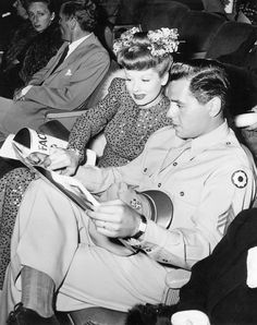 "Lucille Ball and Desi Arnaz reading. See more photos of her reading (including one of ""Lucy and Ethel"") in the click-through post, ""Reading Icons: Lucille Ball"" Classic Hollywood, Old Hollywood, Hollywood Couples, Celebrity Couples, Hollywood Pictures, Hollywood Heroines, Hollywood Party, Hollywood Icons, Hollywood Stars"
