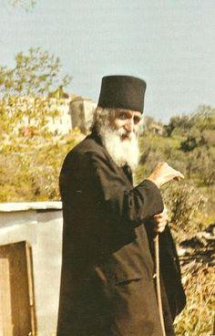 Orthodox Priest, Orthodox Christianity, Miséricorde Divine, Byzantine Icons, Interesting Information, Religious Icons, Orthodox Icons, Patron Saints, Kirchen